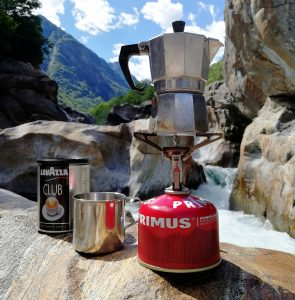 travel kettle in a smal gas range